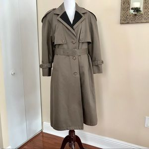 London Fog/Towne Coat Tan Trench 8P Vintage Spring